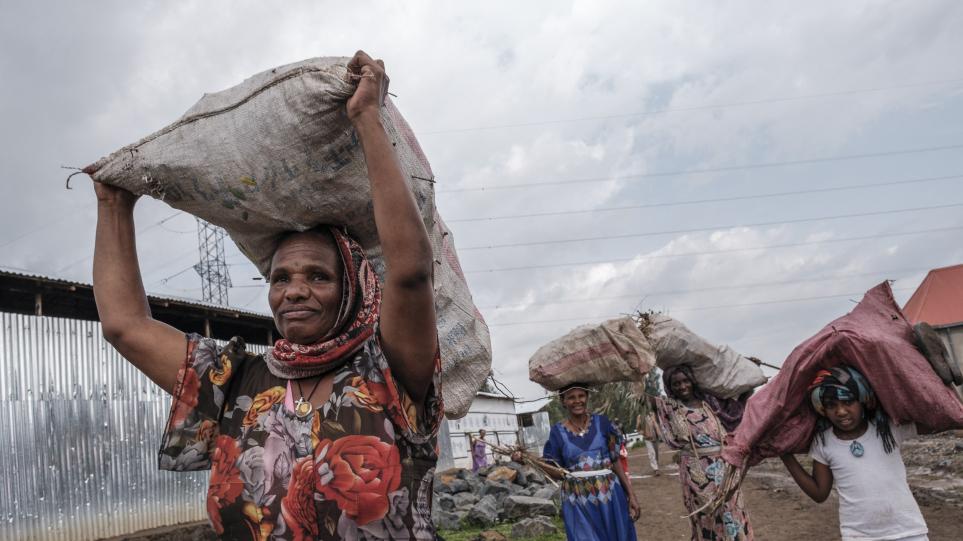 Φρίκη στο Τιγκράι: Εκατοντάδες γυναίκες βιάστηκαν, έγιναν σeξουαλικές σκλάβες και ακρωτηριάστηκαν