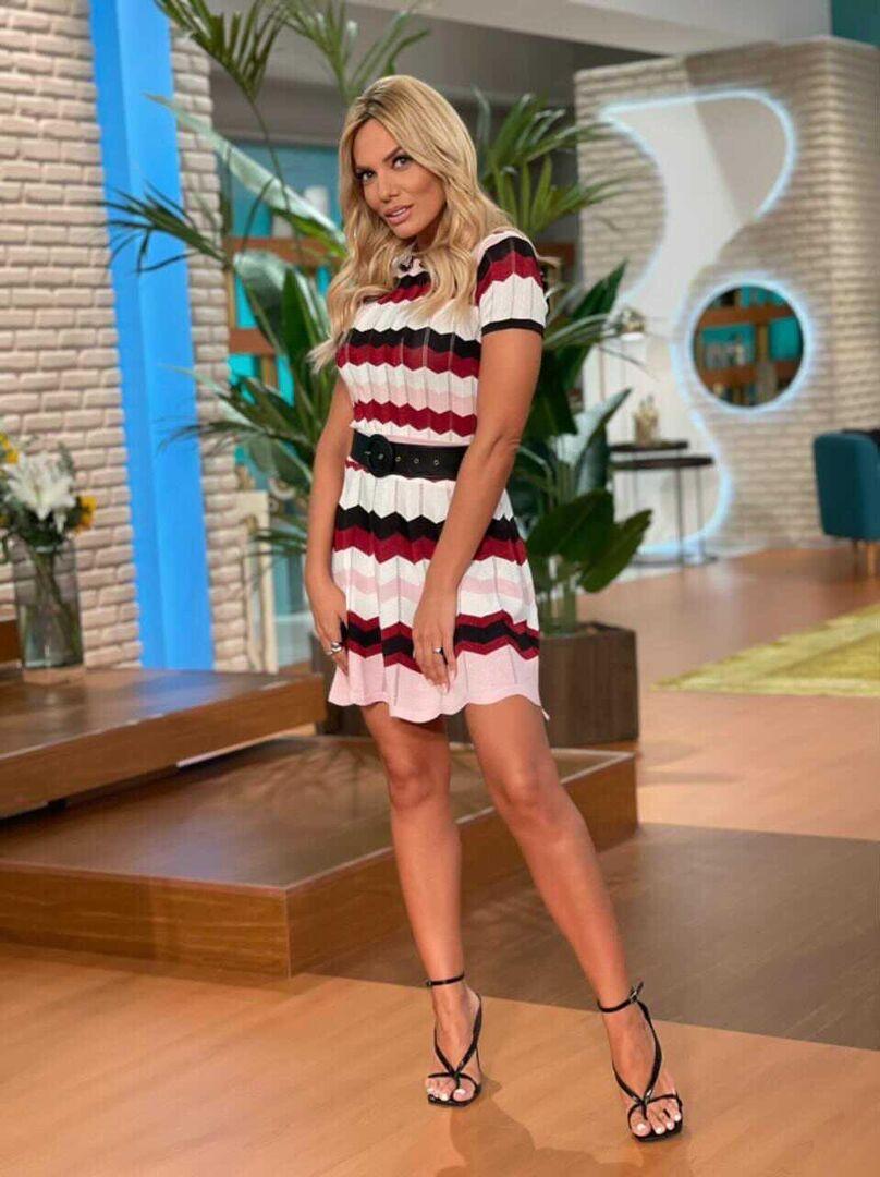 Η Ιωάννα Μαλέσκου φόρεσε το matching set με τον πιο στυλάτο τρόπο (photos)