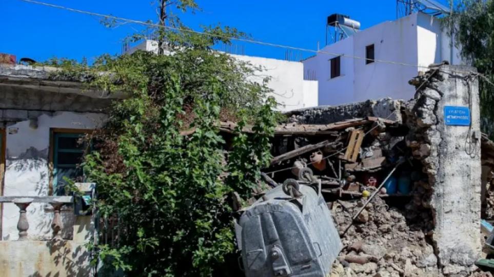 Σεισμός στην Κρήτη: «Είδα τον αδελφικό μου φίλο να καταπλακώνεται από τα συντρίμμια και να πεθαίνει»