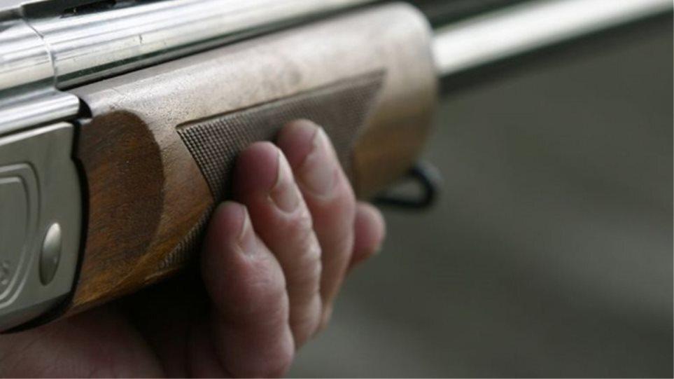 Πάτρα: Μυστήριο με σοβαρό τραυματισμό συνταξιούχου από κυνηγετικό όπλο