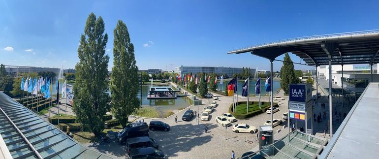 Έκθεση αυτοκινήτου IAA στο Μόναχο-400.000 επισκέπτες σε 6 ημέρες