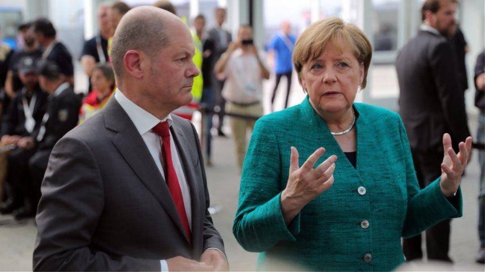 Γερμανικές εκλογές: Η Άνγκελα Μέρκελ συνεχάρη τον Σολτς για την επιτυχία του