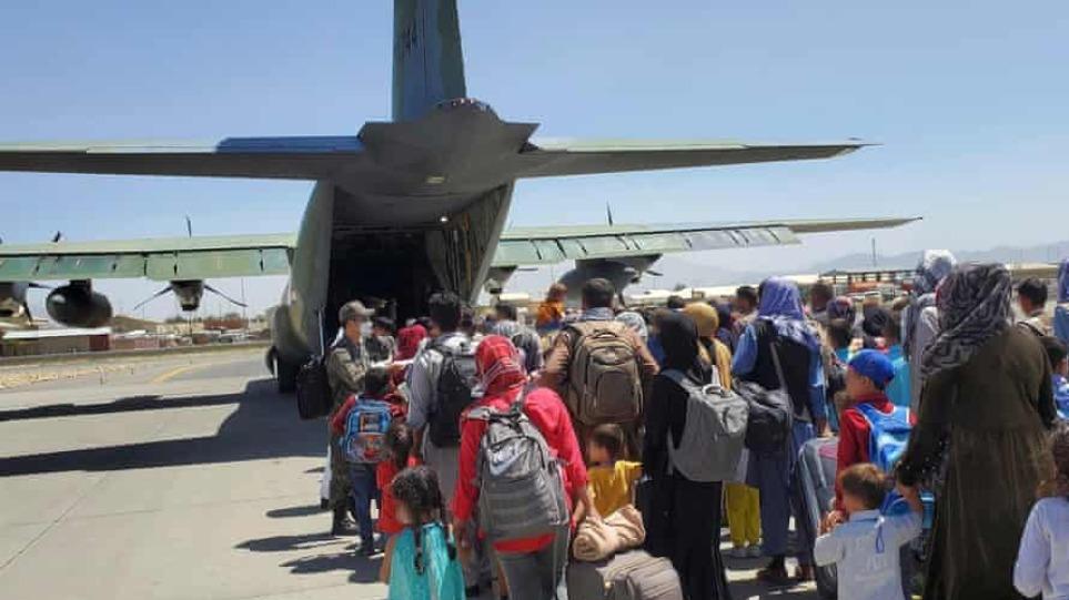 Συνεργασία Τουρκίας, Κατάρ και ΗΠΑ για τη λειτουργία του αεροδρομίου της Καμπούλ