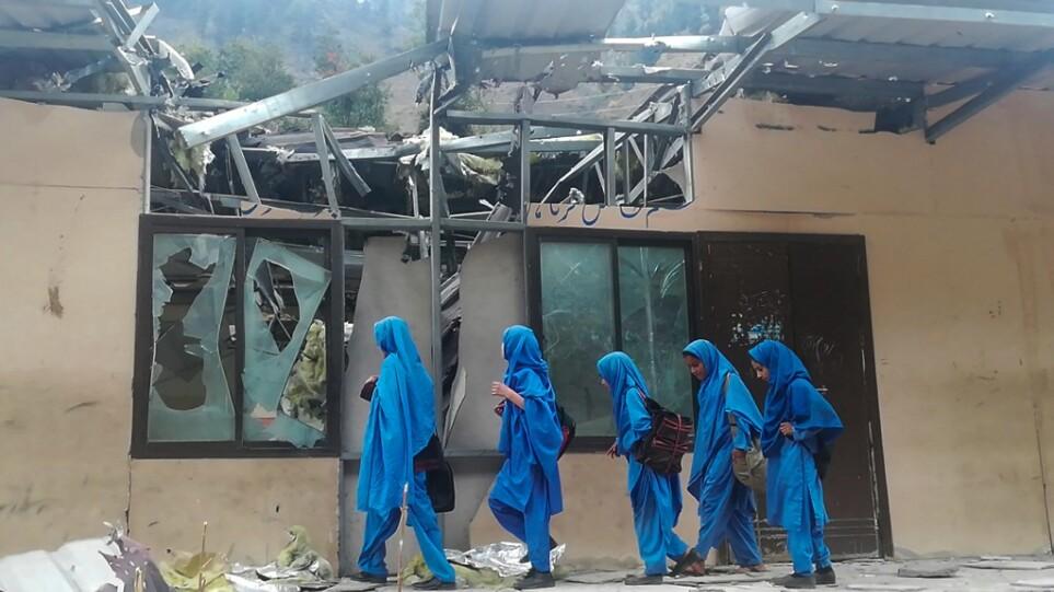 Πακιστάν: Επίθεση με βόμβα σε σχολείο θηλέων, η πρώτη εδώ και πολλά χρόνια
