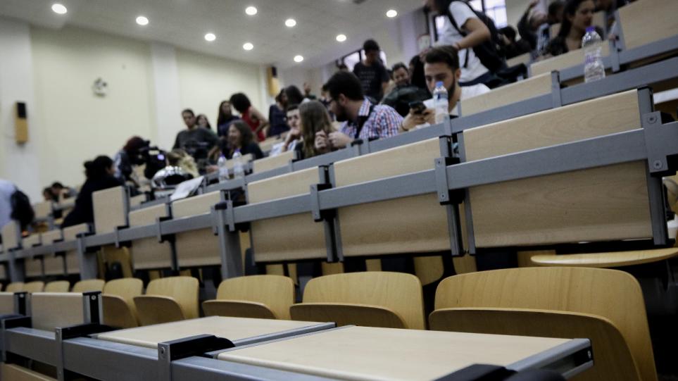 Συρίγος: «Πολιτικό μήνυμα το μεγάλο ποσοστό των εμβολιασμένων φοιτητών»