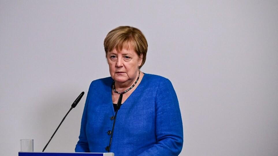 Γερμανικός Τύπος: Οι «μύθοι» της Μέρκελ και η Ελλάδα