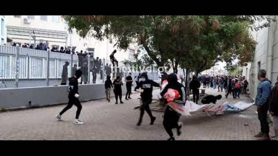 Επεισόδια στο ΕΠΑΛ Σταυρούπολης: «Φοβόμαστε να σχολάσουμε, είδα μαχαίρια» – Πέντε συλλήψεις και 23 προσαγωγές