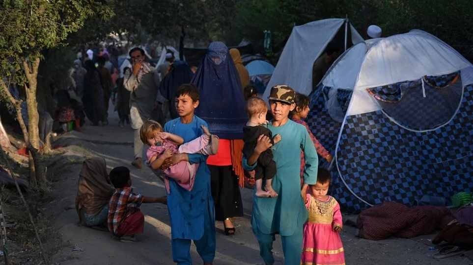Unisef: Εκατοντάδες ασυνόδευτα παιδιά απομακρύνθηκαν από το Αφγανιστάν