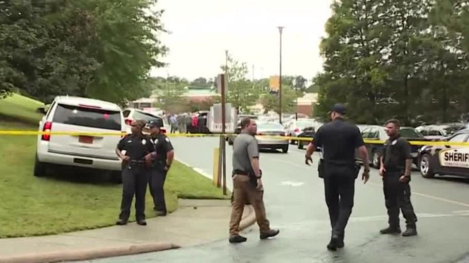 ΗΠΑ: Νεκρός ο μαθητής που πυροβολήθηκε από συμμαθητή του μέσα στο σχολείο – Συγκλονιστικά βίντεο από το συμβάν