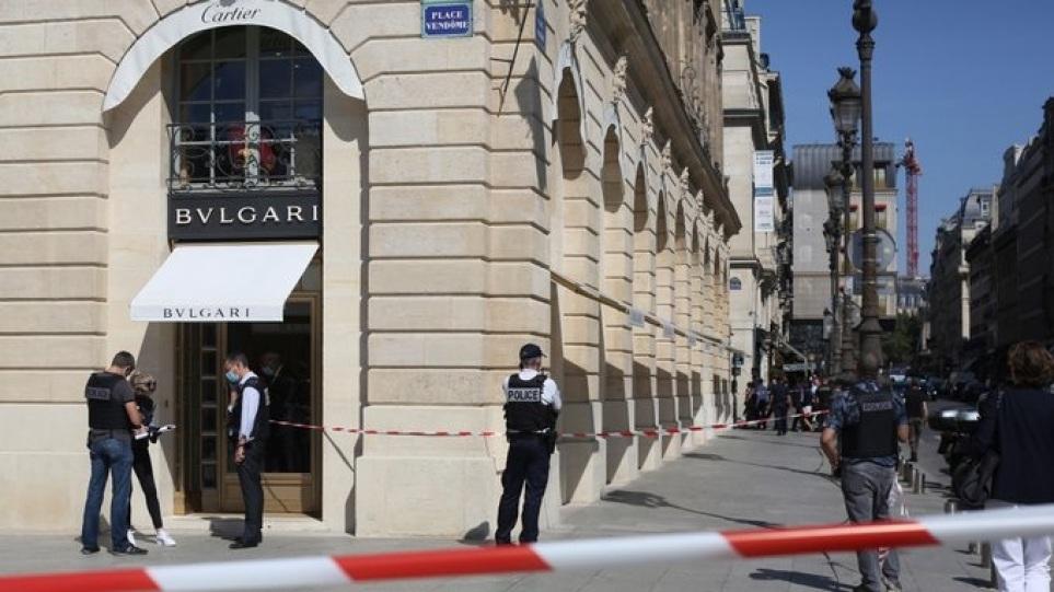 Γαλλία: Ένοπλη ληστεία σε κοσμηματοπωλείο της αλυσίδας Bulgari – Άρπαξαν λεία €10 εκατομμυριων οι δράστες