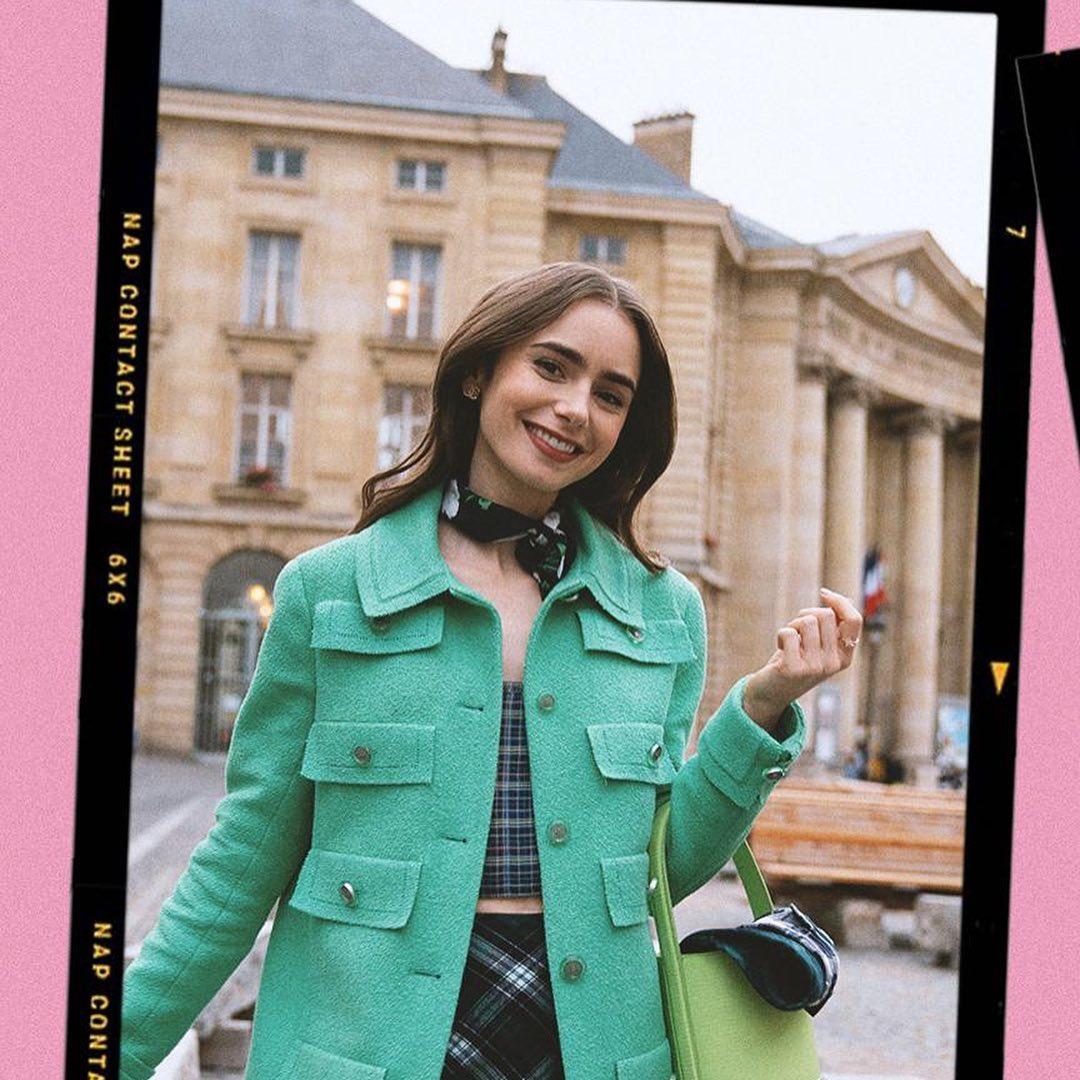 Emily In Paris: Τα outfits της νέας σεζόν θα μεταμορφώσουν το στυλ σου – Το απόλυτο fashion icon!