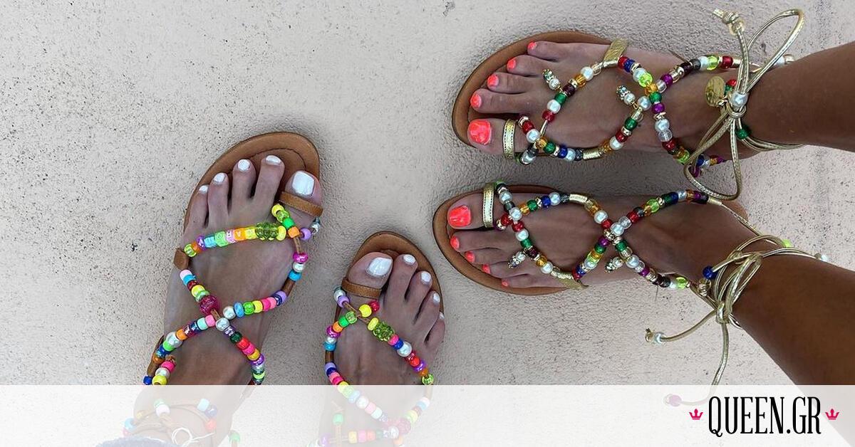 Τα πολύχρωμα σανδάλια είναι τάση! Προλαβαίνεις να τα φορέσεις πριν κρυώσει ο καιρός