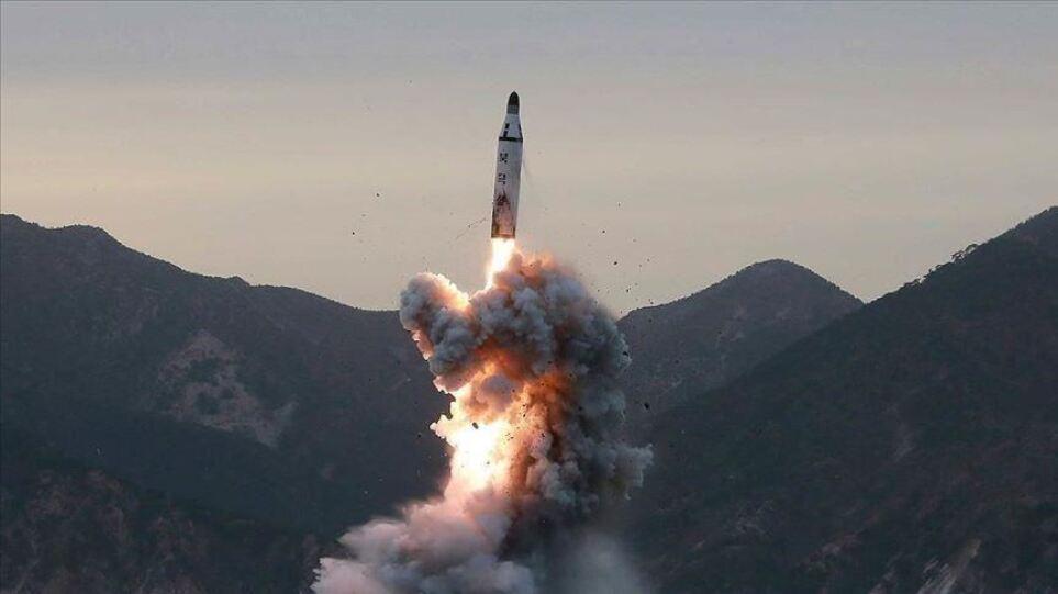 Η Βόρεια Κορέα δοκίμασε νέο αντιαεροπορικό πύραυλο