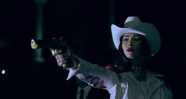 MFW SS22: Η Megan Fox πρωταγωνιστεί στην ταινία-καμπάνια του Philipp Plein (video)