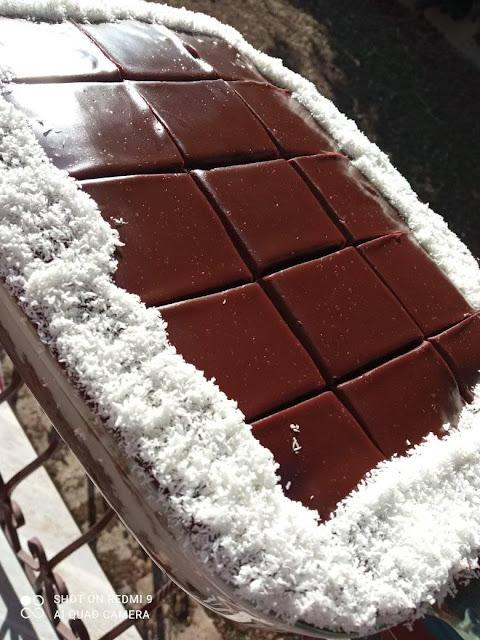 Τούρτα Σοκολάτα-Καρύδα σπέσιαλ !!!
