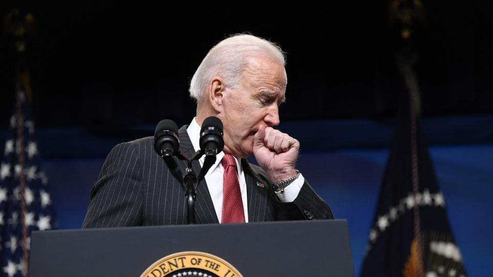 ΗΠΑ: Τι απάντησε η εκπρόσωπος του Λευκού Οίκου για τον επίμονο βήχα του Τζο Μπάιντεν