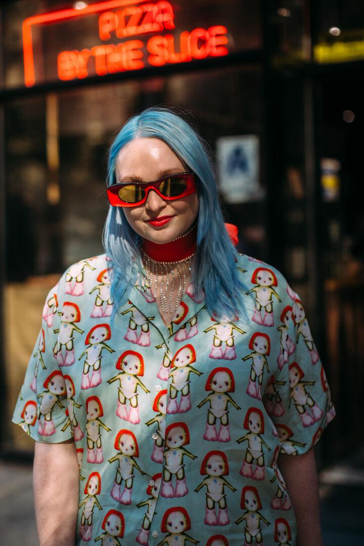 NYFW S/S 2022: Οι Νεοϋορκέζες φέρνουν πάλι στη μόδα το έντονο χρώμα στα μαλλιά