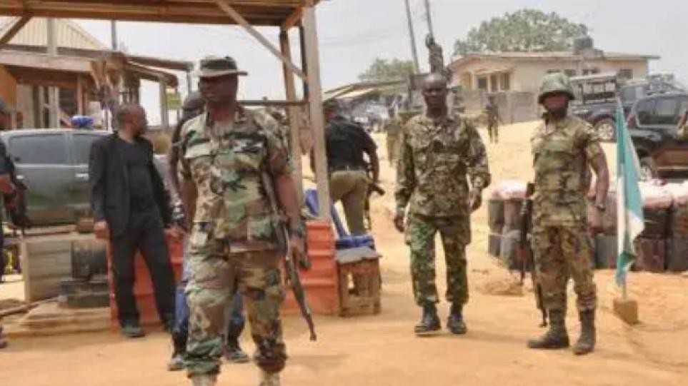Νιγηρία: Τουλάχιστον 8 στρατιωτικοί νεκροί σε ενέδρα του Ισλαμικού Κράτους στη Δυτική Αφρική