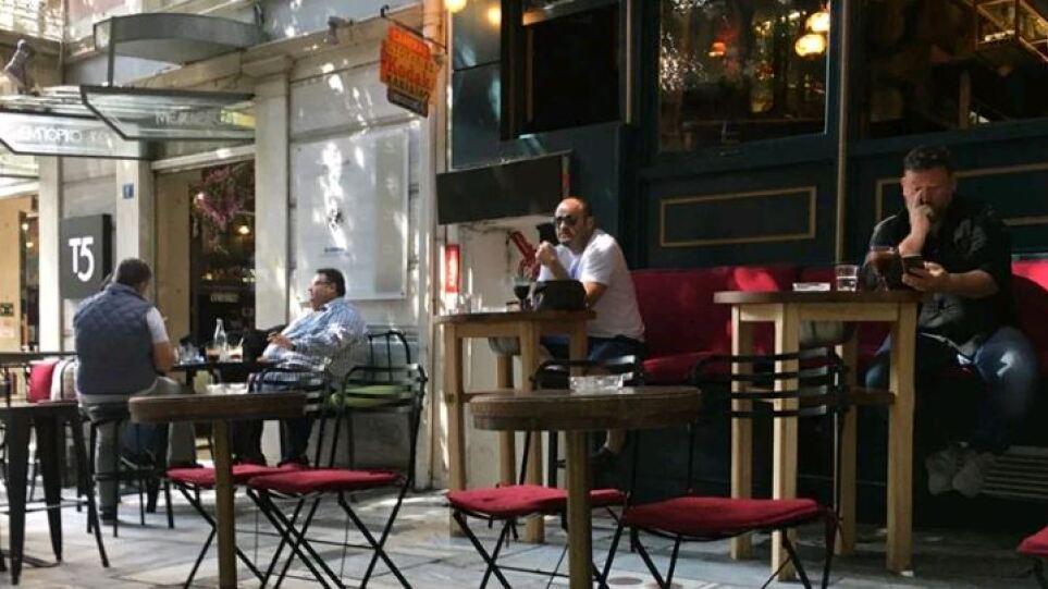 Σύλληψη και επταήμερο λουκέτο για μουσική σε μπαρ της Θεσσαλονίκης