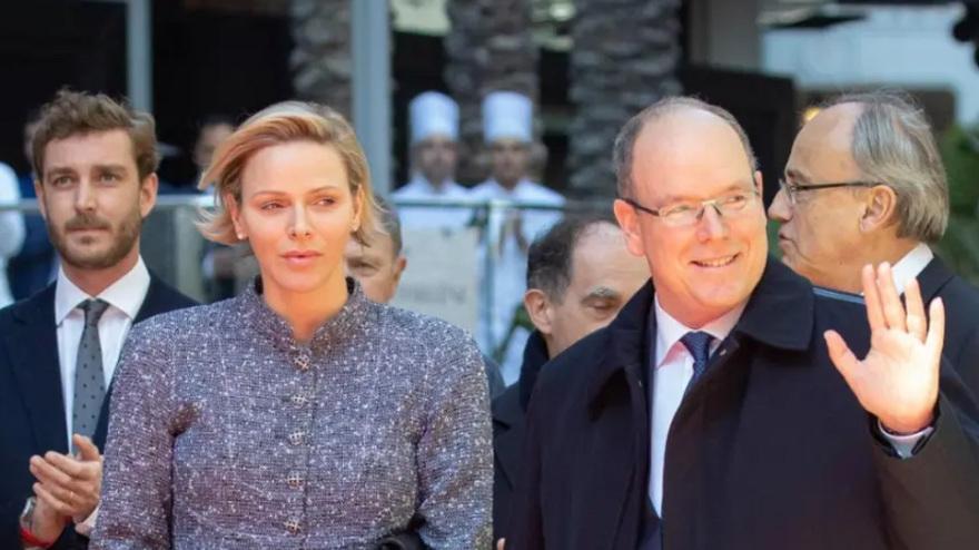 Η πριγκίπισσα Σαρλίν του Μονακό μίλησε για τα παιδιά της, την υγεία της και τους Ζουλού αλλά ξέχασε… τον Αλβέρτο