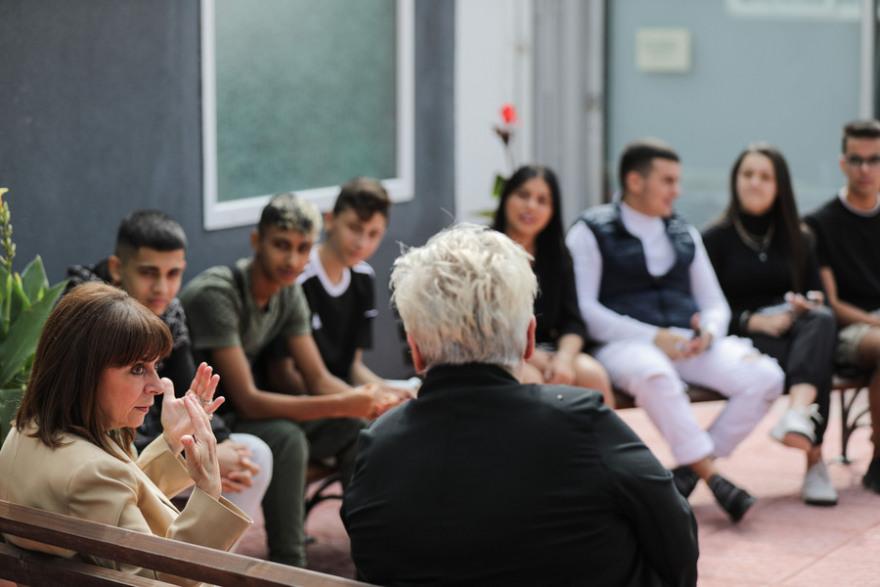 Σακελλαροπούλου για τα επεισόδια στο ΕΠΑΛ Σταυρούπολης: «Ο ακραίος φασισμός πρέπει να απομονωθεί»
