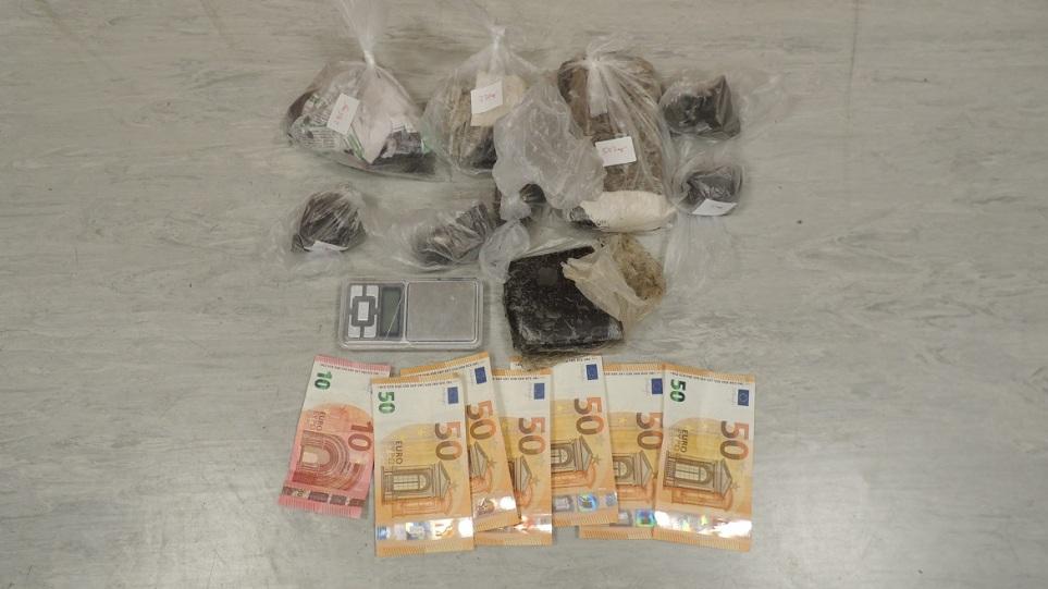 Ζεφύρι: Συνελήφθησαν δυο άτομα με πάνω από 1,5 κιλό ηρωίνη