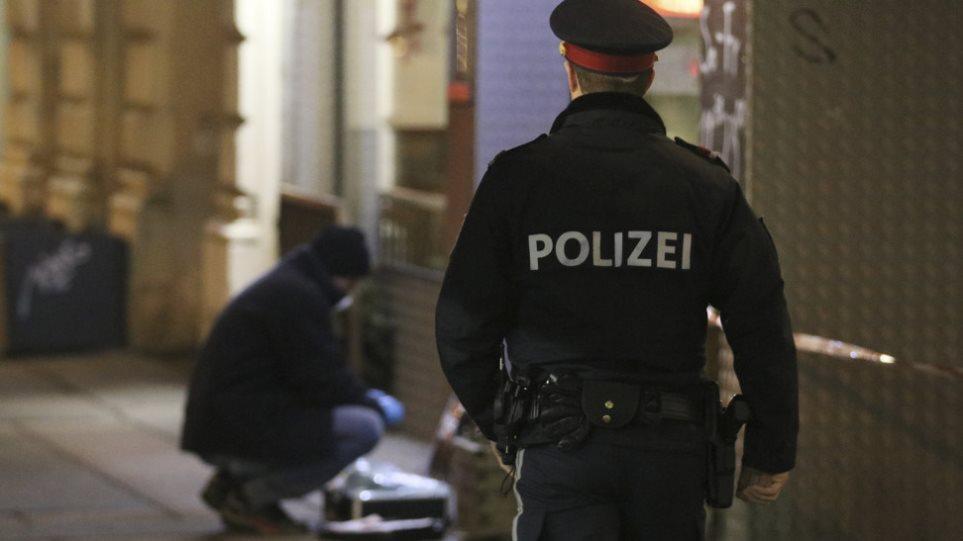 Υπόθεση διακίνησης μεταναστών με οσμή Έσeξ στην Αυστρία: Δύο νεκροί σε ασφυκτικά γεμάτο φορτηγό