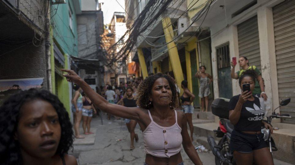 Η Βραζιλία του πόνου: Συγκλονίζουν εικόνες ανθρώπων να ψάχνουν για φαγητό στα κουφάρια ζώων