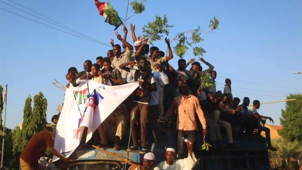"""Πραξικόπημα στο Σουδάν: Η αντιπολίτευση καλεί σε """"ειρηνικές κινητοποιήσεις"""""""