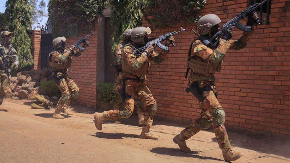 Μάλι: 16 στρατιωτικοί νεκροί σε επίθεση τζιχαντιστών