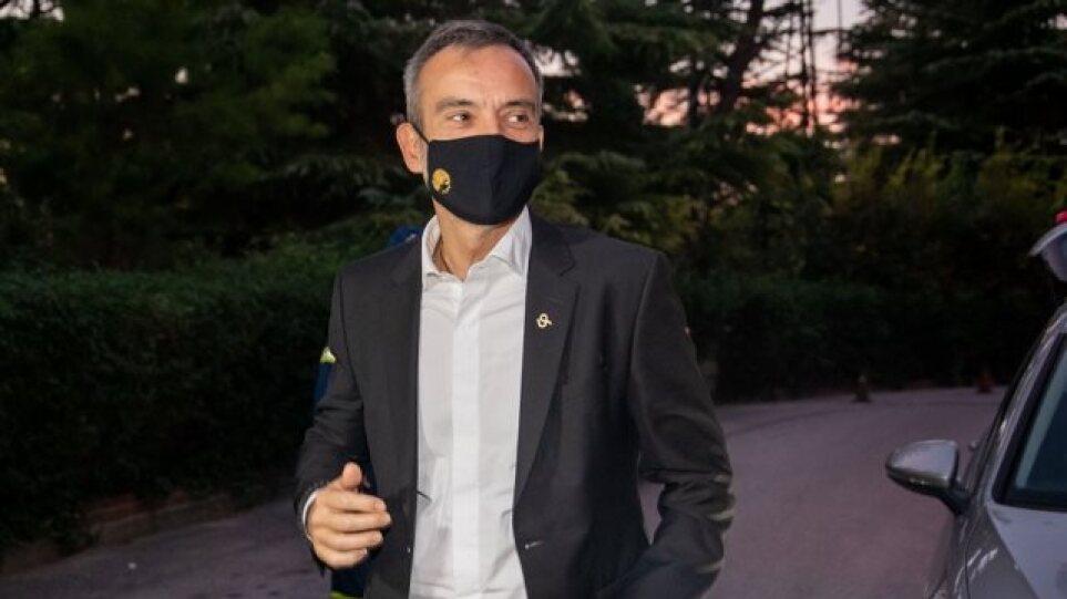 Έκκληση του δημάρχου Θεσσαλονίκης για περισσότερους εμβολιασμούς – Αύξηση 20% στα κρούσματα την τελευταία βδομάδα