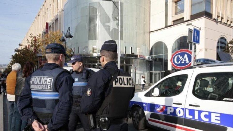 Καταδικάστηκε σε κάθειρξη 9 ετών ο ηγέτης της ακροδεξιάς οργάνωσης OAS στη Γαλλία