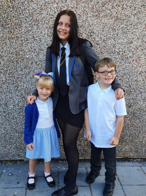 Κατέληξε από μυοκαρδίτιδα λόγω κορωνοϊού 15χρονη στη Βρετανία, την ημέρα που θα εμβολιαζόταν