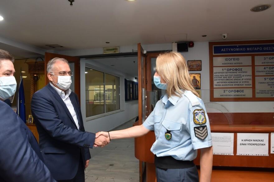 Θεοδωρικάκος από Θεσσαλονίκη: Εντατικοί έλεγχοι για την εφαρμογή των μέτρων κατά της πανδημίας