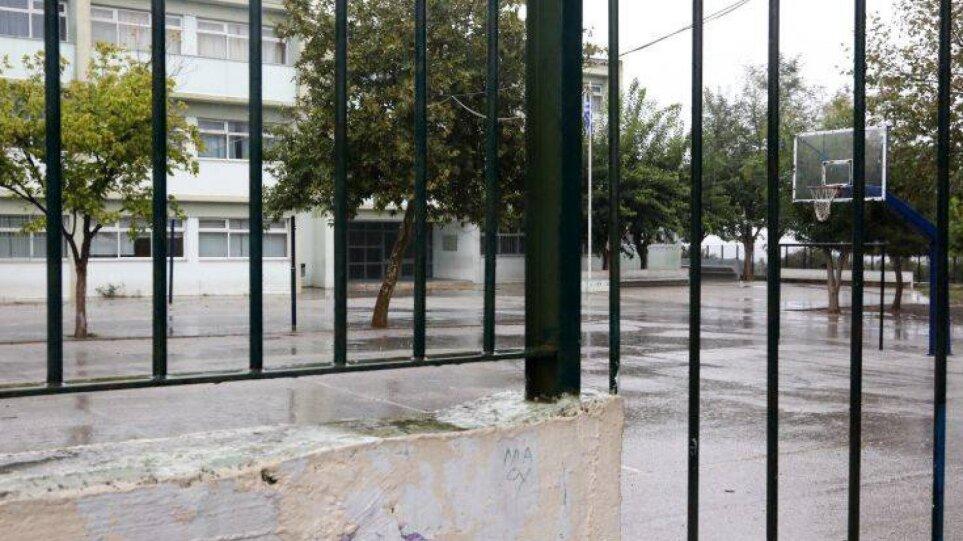 """Κακοκαιρία """"Μπάλλος: Κλειστά τα σχολεία σε Κεφαλονιά και Μεσολόγγι"""