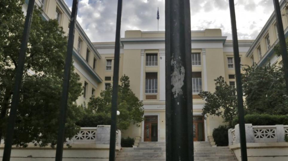Φοιτητής της ΑΣΟΕΕ κατήγγειλε ξυλοδαρμό μέσα στο πανεπιστήμιο